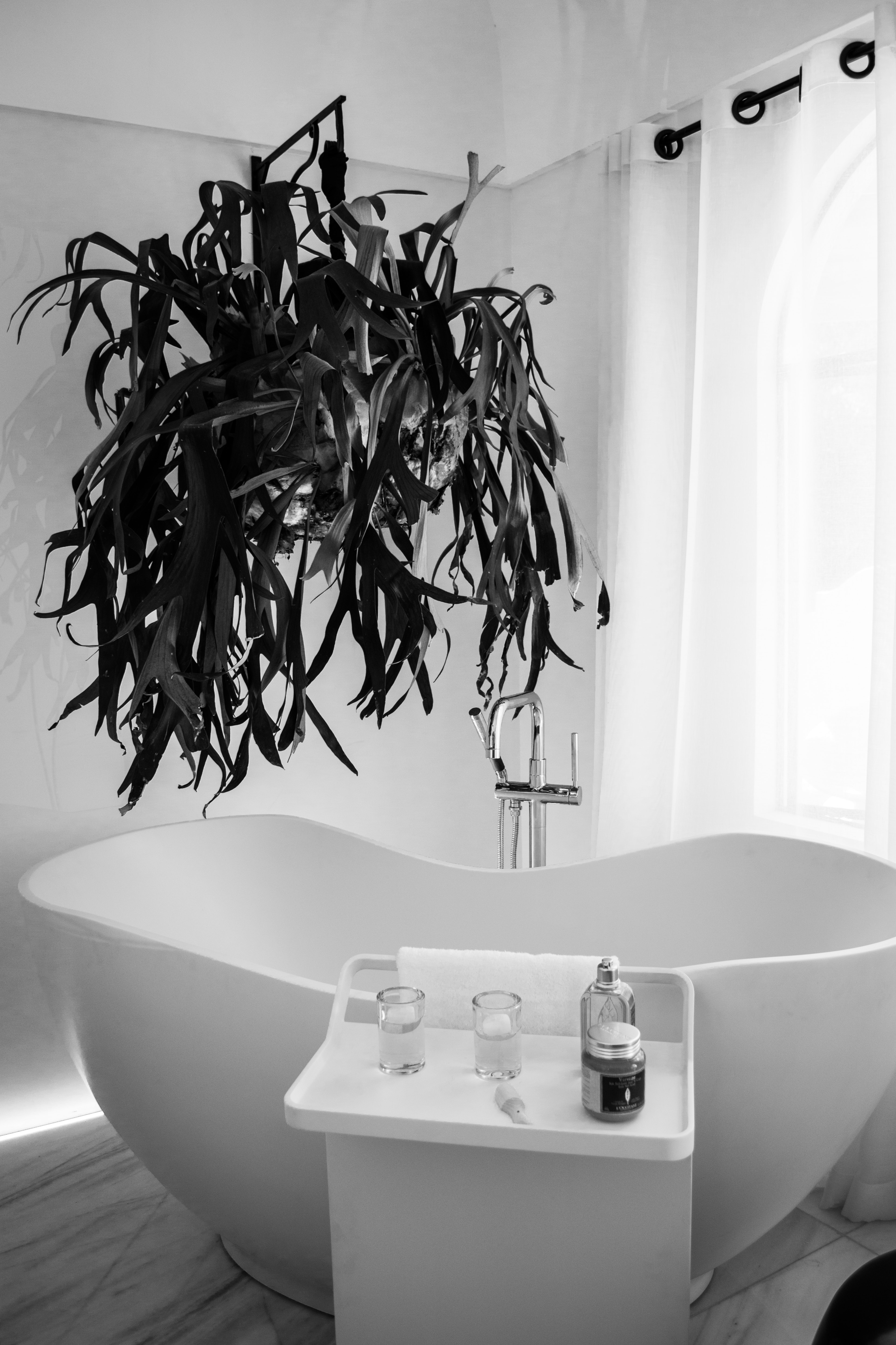 How to choose shower curtain - What uses more water bath or shower ...