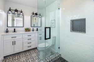 Are there Functional Advantages to Installing a Glass Shower Screen?