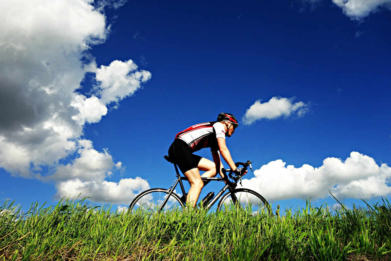 Rowing vs Biking: Which is the Better Workout?